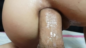 Shaved korean amateur cumshot on live cam