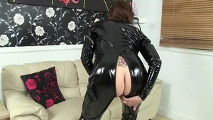 Lady sextasy has a passion for hard slamming